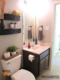 Pictures Of Small Bathrooms Small Bathroom Tips And Tricks Stenciling Doors And House
