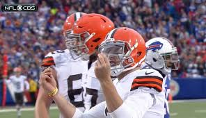 Manziel Benched Look Johnny Manziel Scores First Career Td In Browns Bills Game