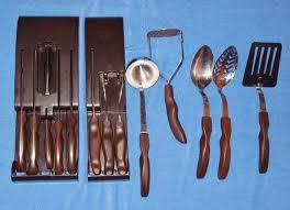 vintage cutco kitchen knife u0026 utensil set 14 pieces brown u0026 red