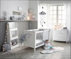 conforama chambre bebe lit bébé conforama cuisine baƒebaƒe x cm transformable opale taupe