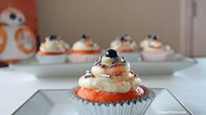 wars cupcakes wars bb 8 cupcakes desert chica