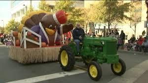 photos novant health 70th annual thanksgiving day parade wsoc tv