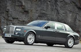 rolls royce factory rolls royce phantom photos photogallery with 167 pics carsbase com