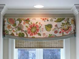 Kitchen Curtain Design Ideas by Best 20 Kitchen Valances Ideas On Pinterest Kitchen Curtains