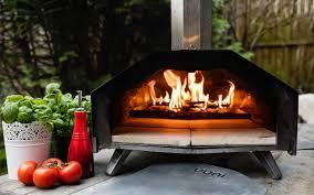 uuni pro portable outdoor pizza oven funding on indiegogo insidehook