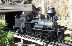 garden train layout railroading