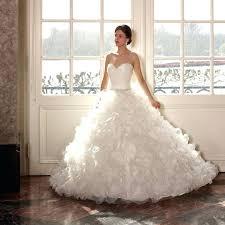 wedding dress hire uk rent a wedding dress online ostinter info