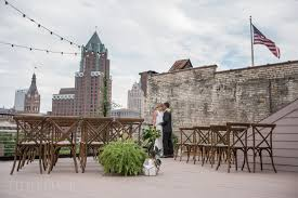 Wedding Venues Milwaukee Milwaukee Rooftop Wedding Venue The View At Evolution