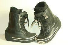 womens size 11 snowboard boots airwalk snowboard boots ebay
