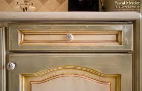 renover porte de placard cuisine peintre decorateur nimes bouillargues gard pascal mercier