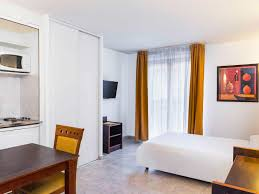 chambre 121 bd aparthotel adagio access acropolis hôtel 42 boulevard risso