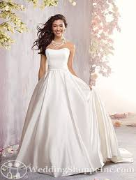 classic wedding dresses classic wedding gowns for chic brides to be wedding shoppe