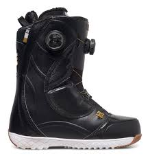 womens quilted boots uk s mora snowboard boots adjo100011 dc shoes