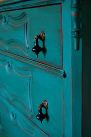antique chest in turquoise florence chalk paint by annie sloan