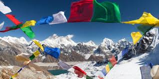 What Does The Indian Flag Look Like Bbc Future Death In The Clouds The Problem With Everest U0027s 200