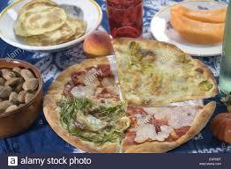 la vraie cuisine italienne la vraie cuisine italienne pizza artisanale avec quatre pointes de