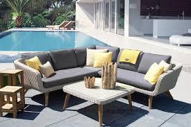 salon de jardin haut de gamme resine tressee mobilier de jardin résine tressée haut de gamme au jardin de chloé