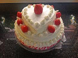 hochzeitstorte erdbeeren erdbeer hochzeitstorte rezept mit bild syena chefkoch de