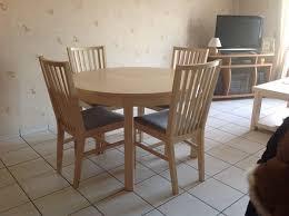 table ronde et chaises achetez table ronde ikea occasion annonce vente à mions 69