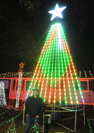 decatur man u0027s christmas show closing in on 30 000 lights local
