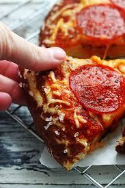 pretzel delivery pretzel crust pizza recipe pretzel crust pizza pretzel crust