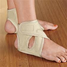 relieve pain of plantar fasciitis and heel spurs with heel seat