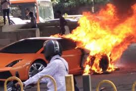 crashed red lamborghini lamborghini gallardo fire accident in india video