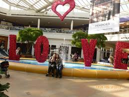 Valentine S Day Store Decor by Center Stage Productions U0027 Commercial Decor Spreads Valentine U0027s Day