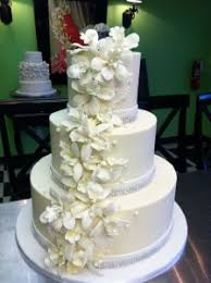 wedding cake murah custom cakes we take the cake