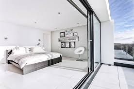 white walls in bedroom how to decorate a bedroom with white walls