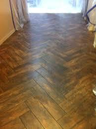 Ceramic Tile Flooring That Looks Like Wood Wood Look Ceramic Flooring Cathouse Info