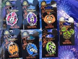 disney trading pin set of 7 pins 2017 halloween mickey minnie