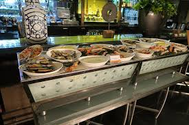don t want to cook thanksgiving try the brunch at the four