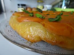 hervé cuisine tarte tatin tarte tatin aux abricots c est pas du gâteau