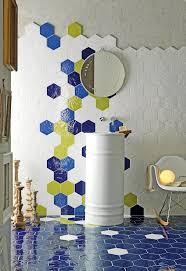 Carrelage Bleu Turquoise Salle De Bain by Carrelage Mural Comment Poser Des Carreaux Sans Colle Ni