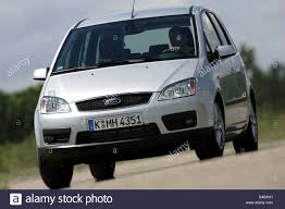 ford focus model years car ford focus c max limousine lower middle sized class model
