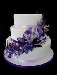 purple wedding cakes purple wedding cakes with butterflies