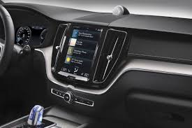 2018 volvo xc60 t8 hybrid center console the fast lane car