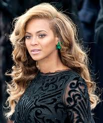beyonce earrings see beyonce s emerald inauguration earrings how many carats are