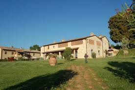 vecchio fienile tuscany villas and apartments vecchio fienile near siena and florence