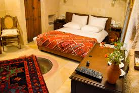 luxury in capapdocia sleeping in a cave hotel