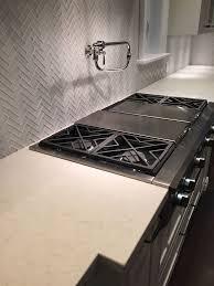 Kitchen Backsplash Toronto 38 Best Kitchens Images On Pinterest Granite Granite Counters
