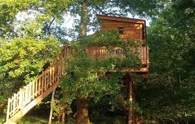 chambre d hote cabane dans les arbres cabane dans les arbres domaine du clos claberot à gan pyrénées