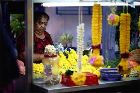 Flower Store Amazon India Expands Category Portfolio Launches Fresh Flower