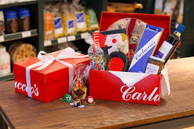 where to buy boxes for gifts buy all gift boxes and hers from carluccio s online food