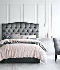 chambre couleur grise chambre gris et lit couleur grise fauteuil gris linge de lit