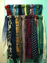 hey hollywood diy scarves on a curtain rod