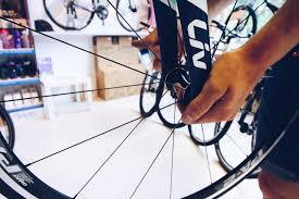 comment changer chambre à air vélo conseils velo et crevaison comment changer sa chambre à air