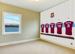 dressing room heros in your bedroom official west ham united fc official west ham united fc wallpaper endorsed by the