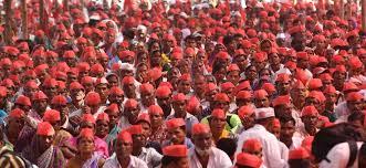 Seeking In Mumbai Seeking Govt Help Thousands Of Indian Farmers March To Mumbai